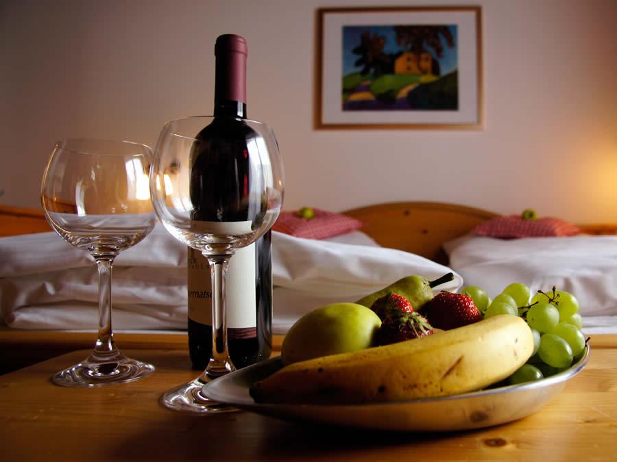 Wein und Obst